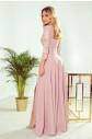 AMBER - Elegantní dlouhé krajkové dámské šaty v pudrově růžové barvě s dekoltem 309-4